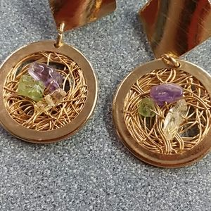 Jewelry - Gold Tone Wire and Gem Stone Earrings